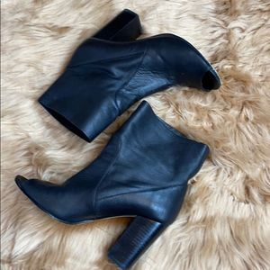 Chinese Laundry black leather peep toe bootie